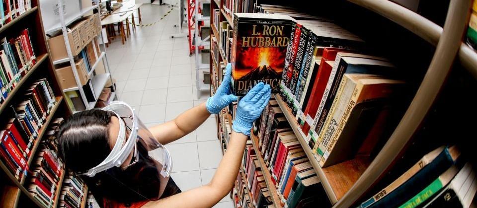 Bibliotecas serão reabertas e projeto dos Convites serão retomados em Maringá