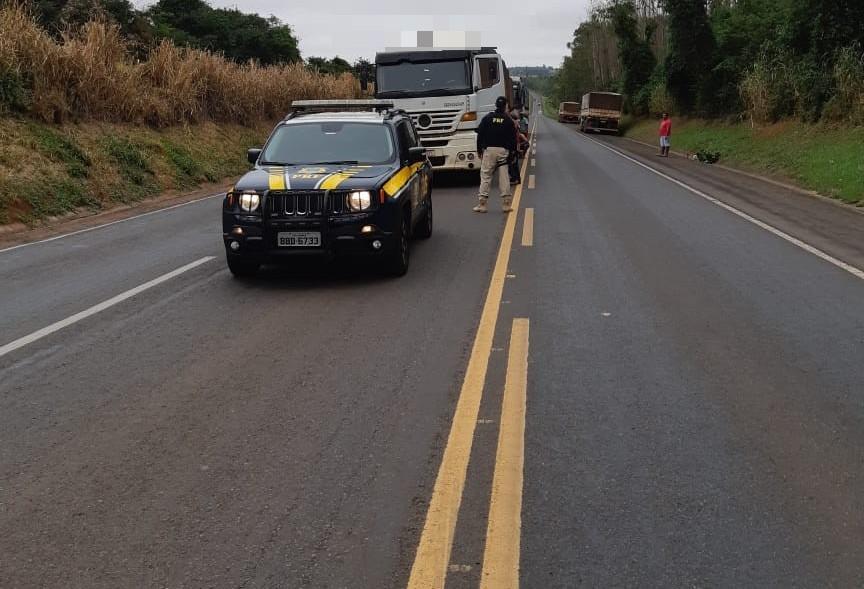 PRF apreende caminhão de 57 toneladas com mais de 10 infrações