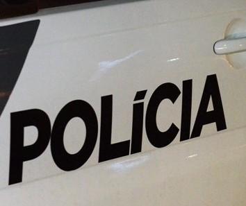 População detém dois por furto de celular