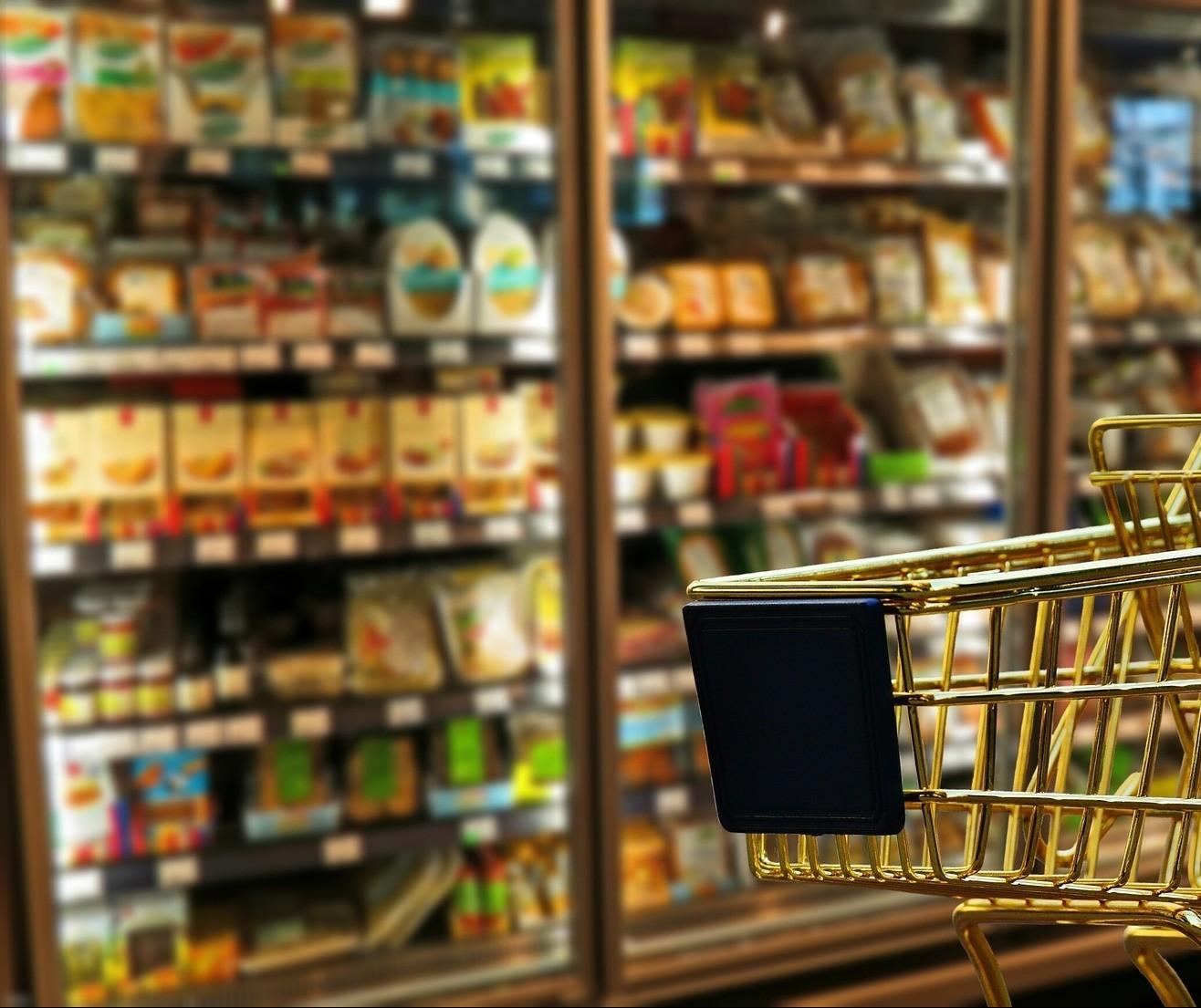 Supermercados e hipermercados mantêm trajetória de crescimento