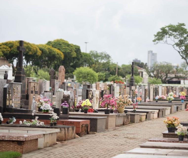 Reformas e pinturas nos túmulos do Cemitério Municipal podem ser feitas até dia 30