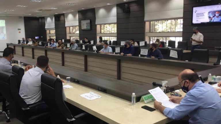 Prefeitos da região de Maringá vão cobrar e fiscalizar decretos municipais