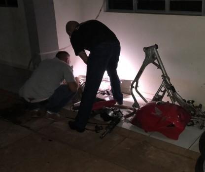 Preso do regime semiaberto é flagrado vendendo peças de motos furtadas pela internet