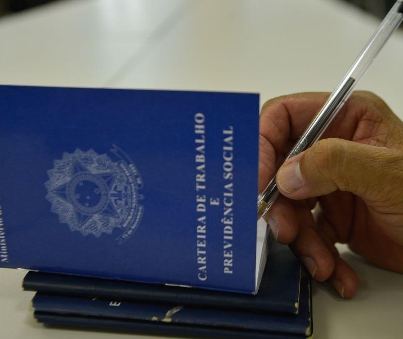Maringá inicia a semana com 106 vagas de emprego abertas