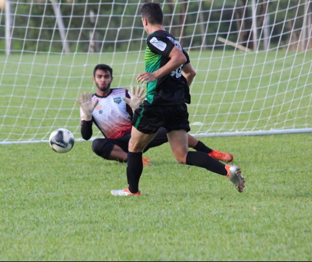 Maringá FC encara o invicto Foz do Iguaçu em casa