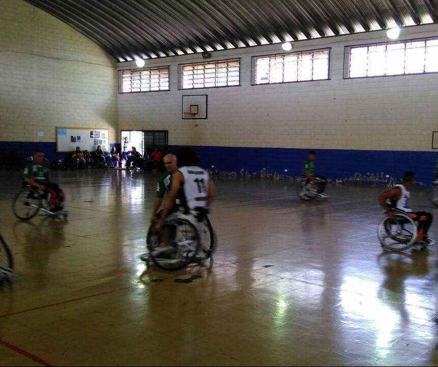Handebol em cadeira de rodas é um esporte de mudança