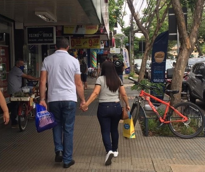 Justiça nega liminar para abertura de lojas de rua em Maringá