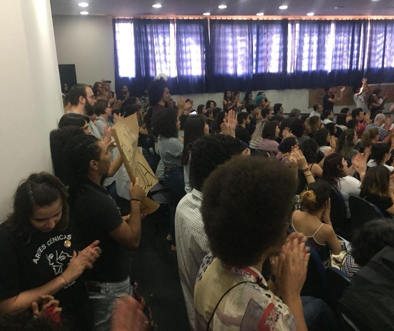 Movimento negro apresenta reivindicação de cota racial para UEM