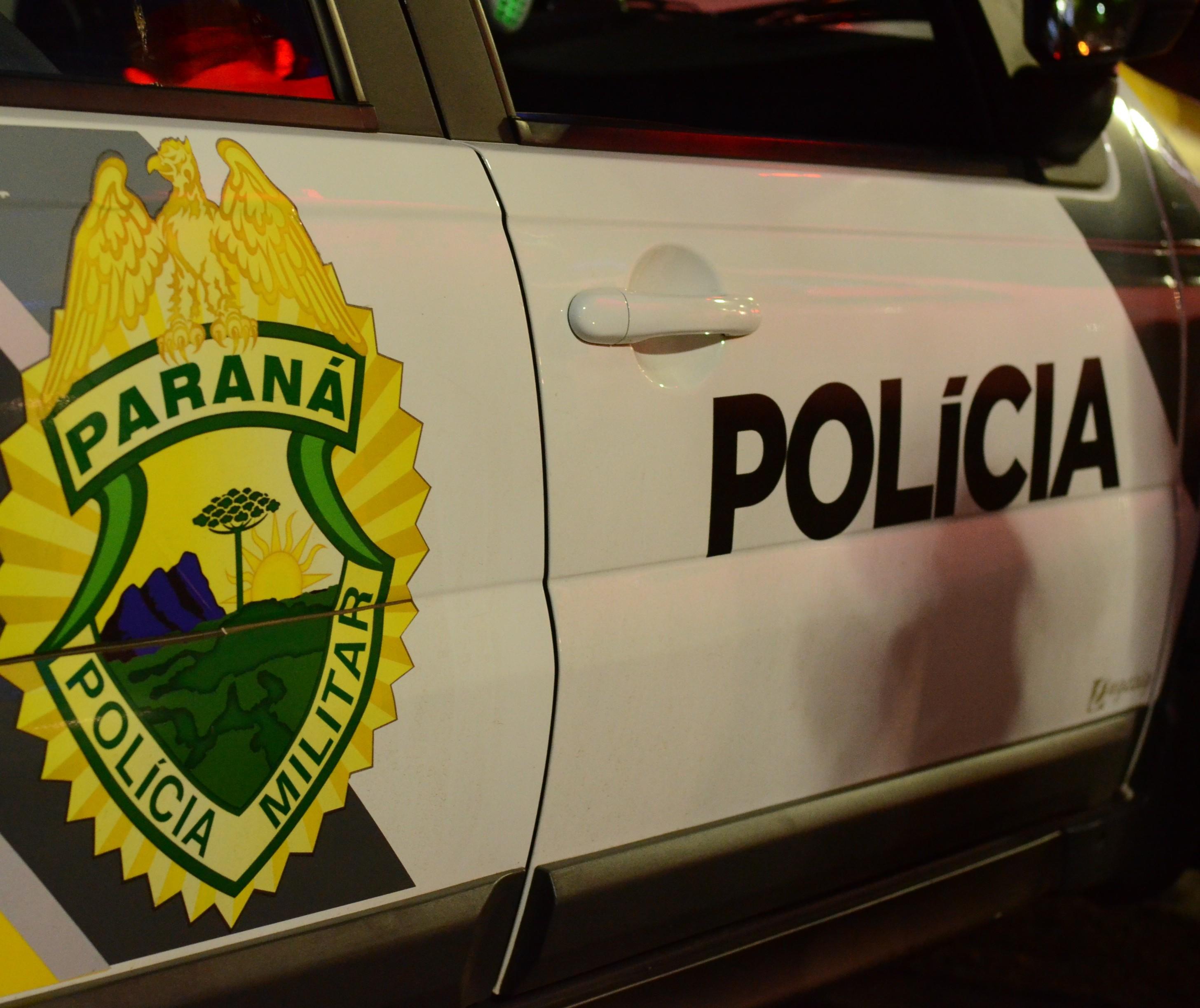 Pai chama a polícia para o filho de 14 anos que estava traficando