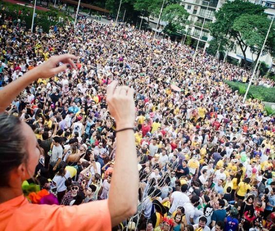 Turismo vai movimentar R$ 8 bilhões no carnaval 2020, estima CNC