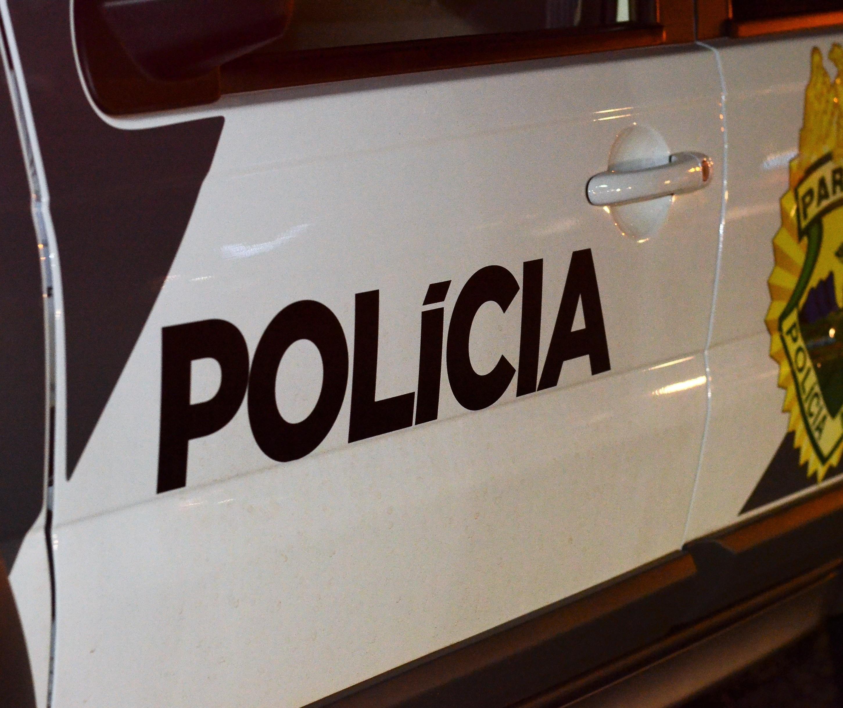 Homem tenta desarmar policial em ocorrência e é baleado em Maringá