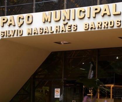 Ponto facultativo no serviço municipal em Maringá será na sexta (30)