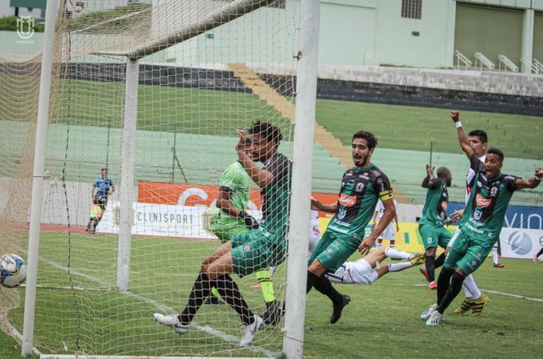 Foco no acesso à primeira divisão segue no Maringá FC