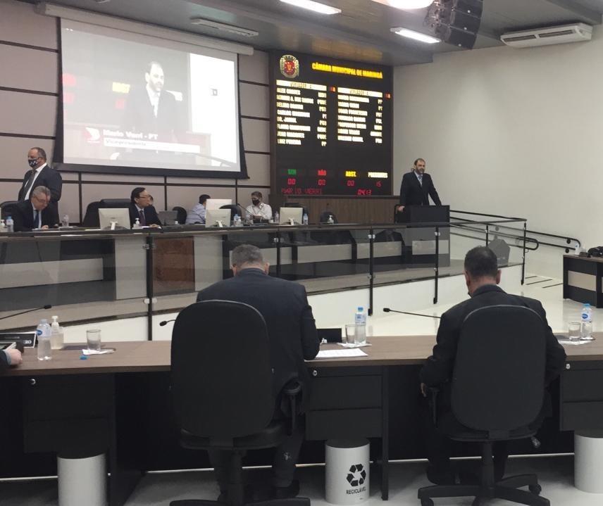Novatos vão à Câmara na primeira sessão após as eleições