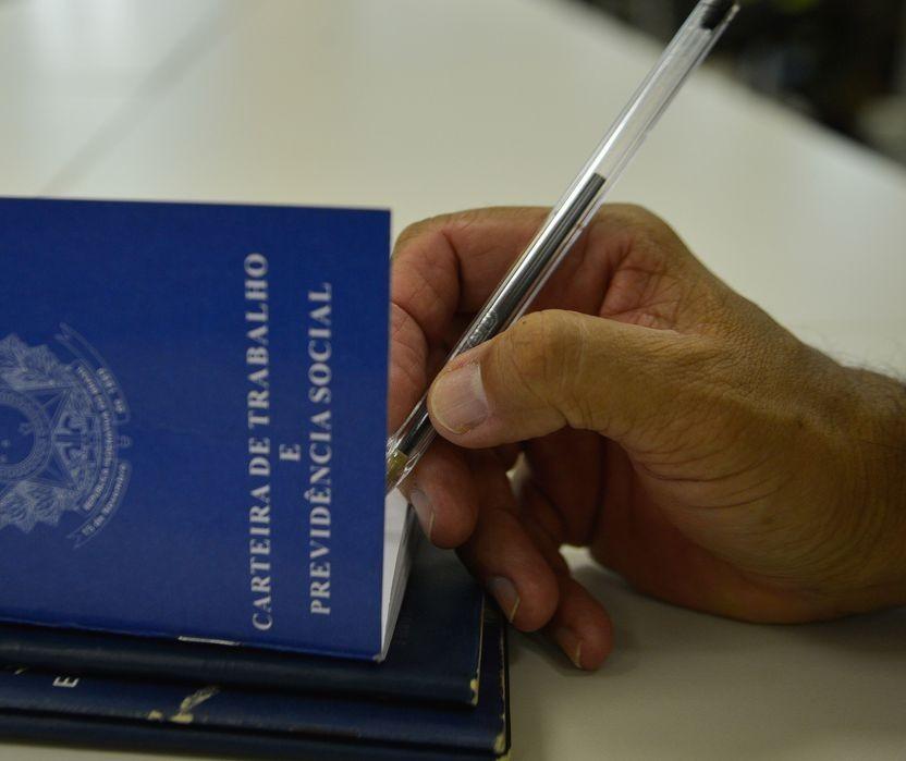 Maringá inicia semana com 515 vagas de emprego abertas; candidate-se online