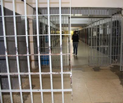 Noroeste: Dois agentes penitenciários e um detento com suspeita de Covid-19