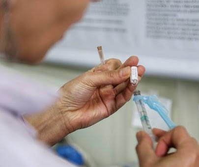 Vacinação contra a gripe para crianças vai até o próximo dia 15