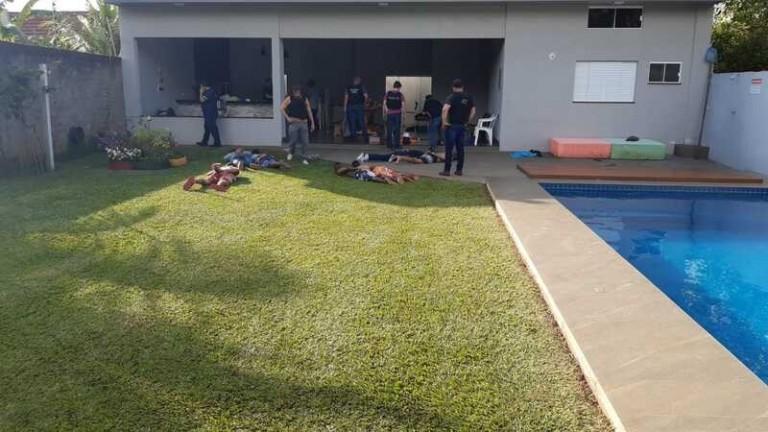 Caminhoneiro é resgatado de cativeiro e nove são presos em Maringá