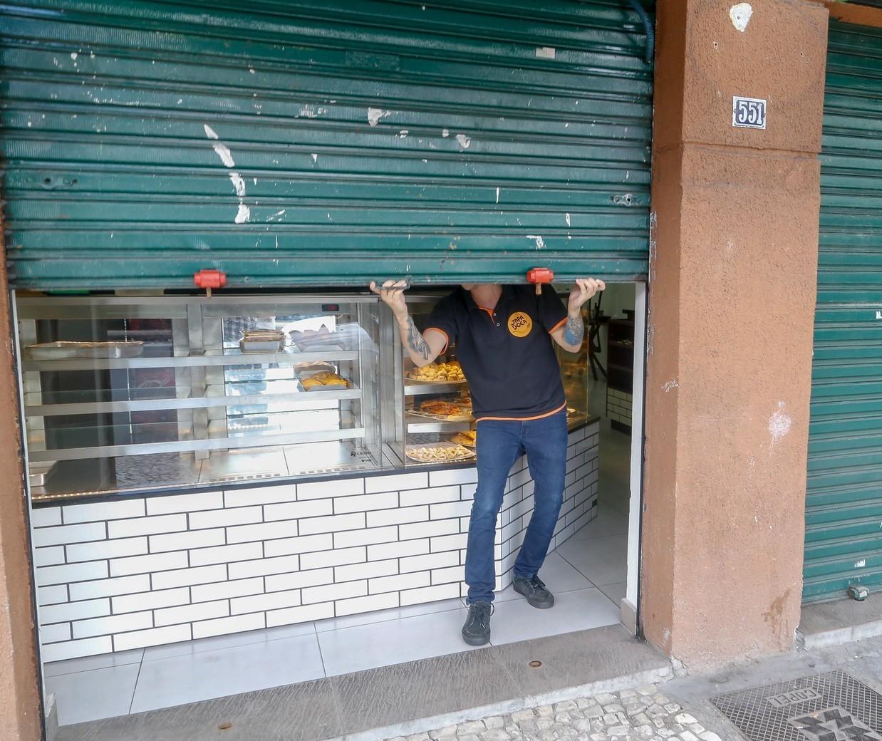 Decreto do Estado não obriga fechamento de açougues, padarias e mercearias