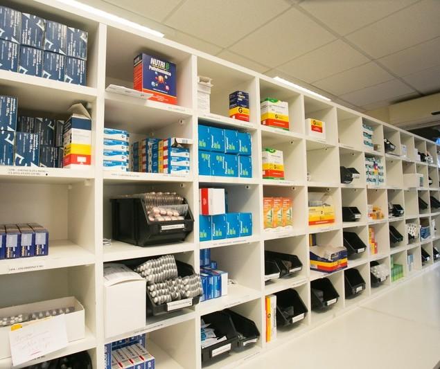 Farmácia Solidária de Maringá tem mais de 300 tipos de medicamentos para doação