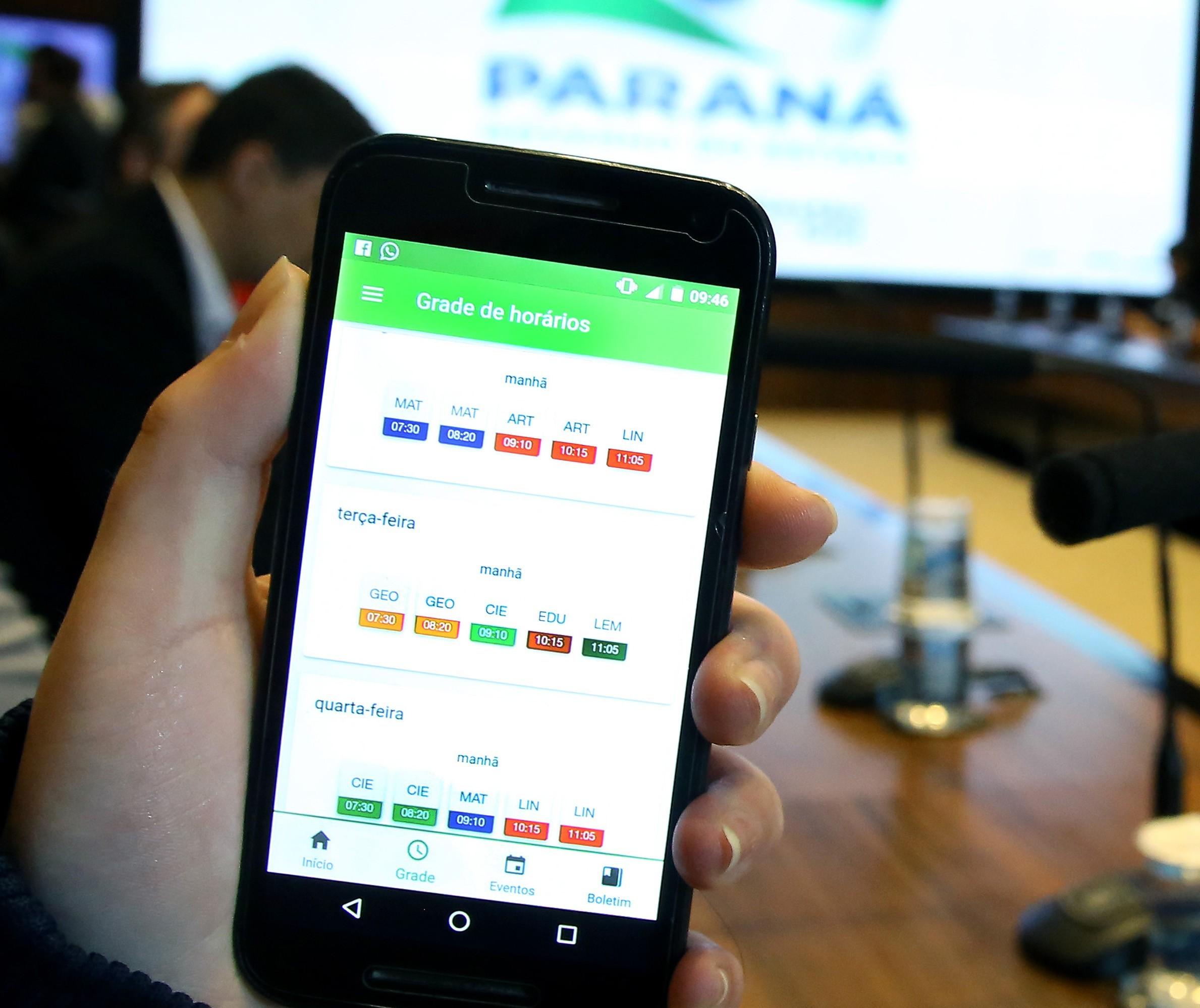 Desempenho escolar de alunos estaduais já pode ser acompanhado por aplicativo