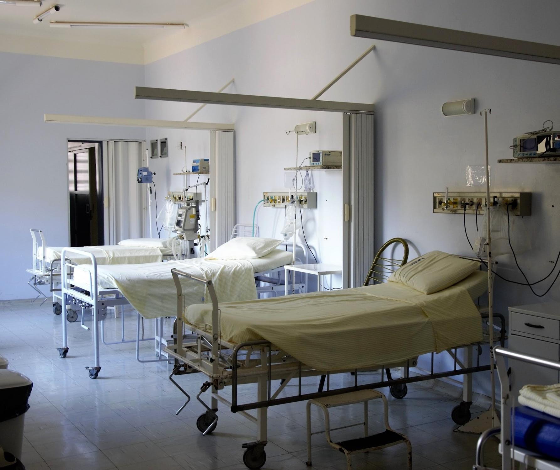 Diferença entre o sistema de saúde brasileiro e o norte-americano