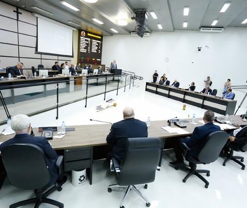 Câmara de Vereadores decide impedir Sismmar de usar o plenário por cinco anos