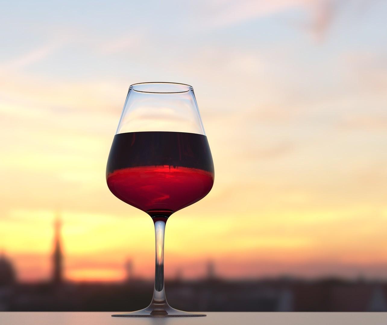 Maçã é bom para escolher vinho; para tomar, queijo é melhor companhia