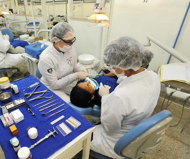 Governo Federal pode convocar profissionais da saúde para enfrentamento do coronavírus