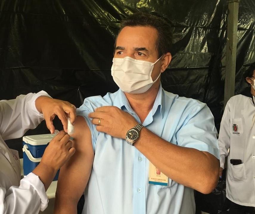 Motoristas de ônibus começaram a ser vacinados