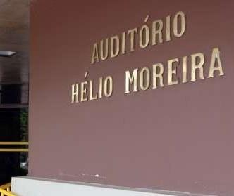 Secretaria de Educação chama, mas depois cancela reunião