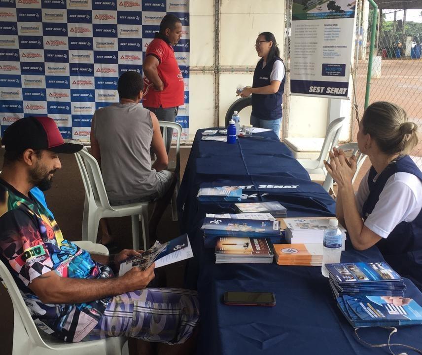 Semana da Saúde quer atender até 500 caminhoneiros em Maringá