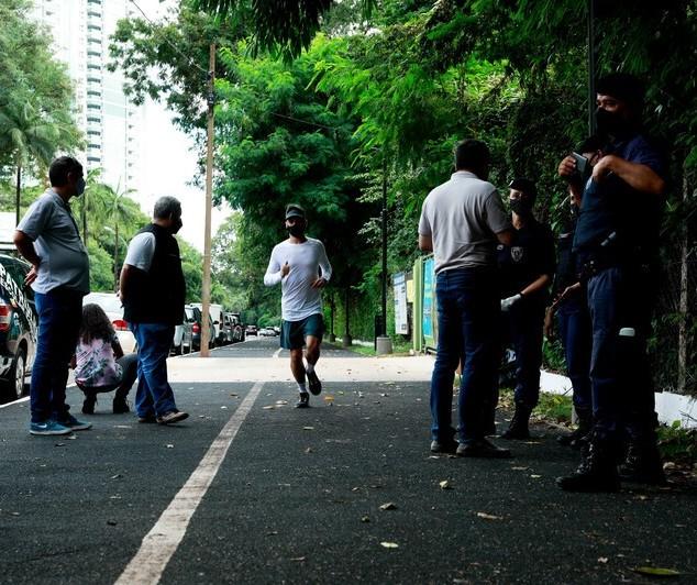 Sobe para quatro o número de pessoas multadas em Maringá sem máscara nesta quinta