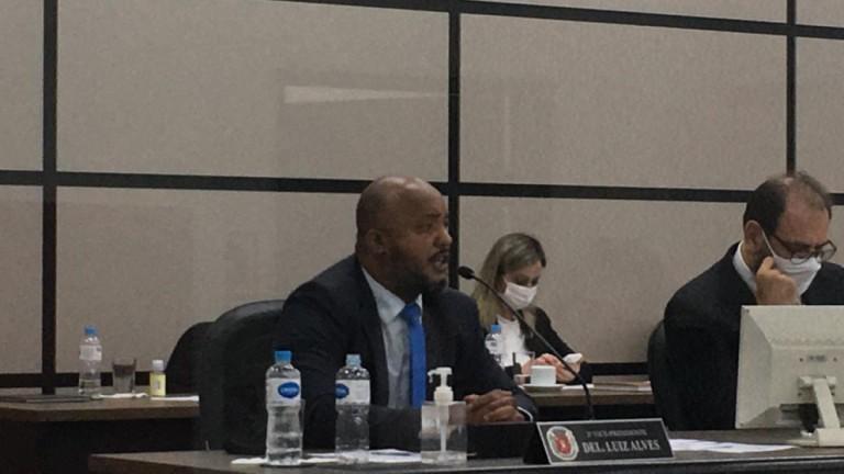 Requerimento aprovado na Câmara traz de volta o debate sobre os flanelinhas
