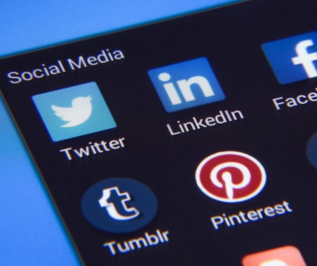 Nova rede social se denomina anti-Instagram