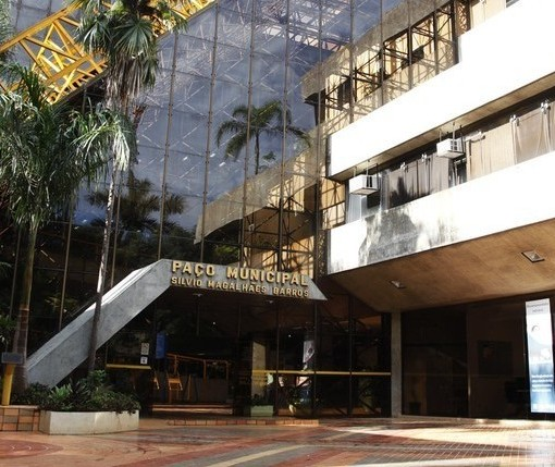 Falso: Prefeitura de Maringá não fez novo decreto determinando fechamento do comércio