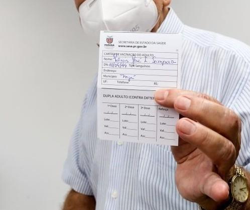 Paraná precisa vacinar 56% da população para reduzir taxa de contágio