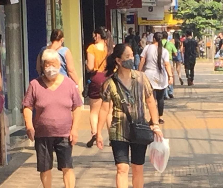 Primeiro sábado de lojas de rua abertas das 9h às 13h está sendo movimentado