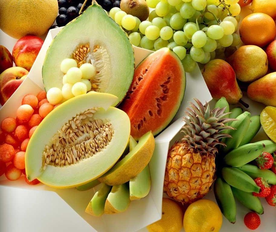 Frutas junto com as refeições, dá certo?