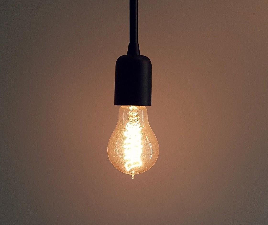 Pandemia reduz consumo de energia e evita crise de abastecimento do setor