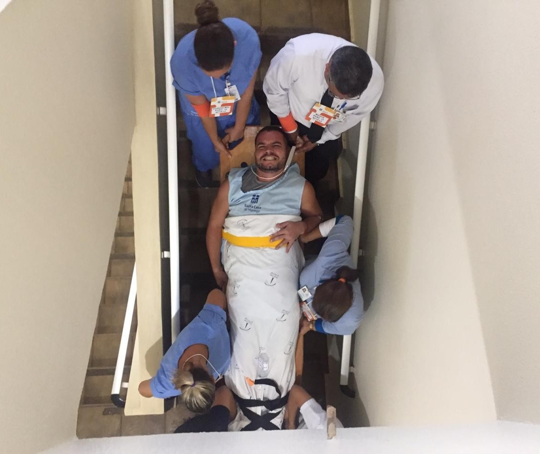 Hospital faz simulação de incêndio em Maringá