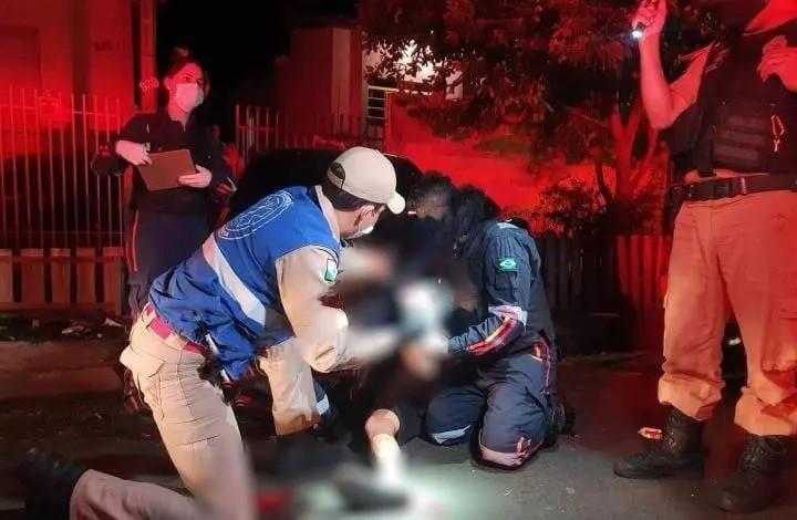 Após perseguição, rapaz de 18 anos leva tiro no pé no Jardim Alvorada