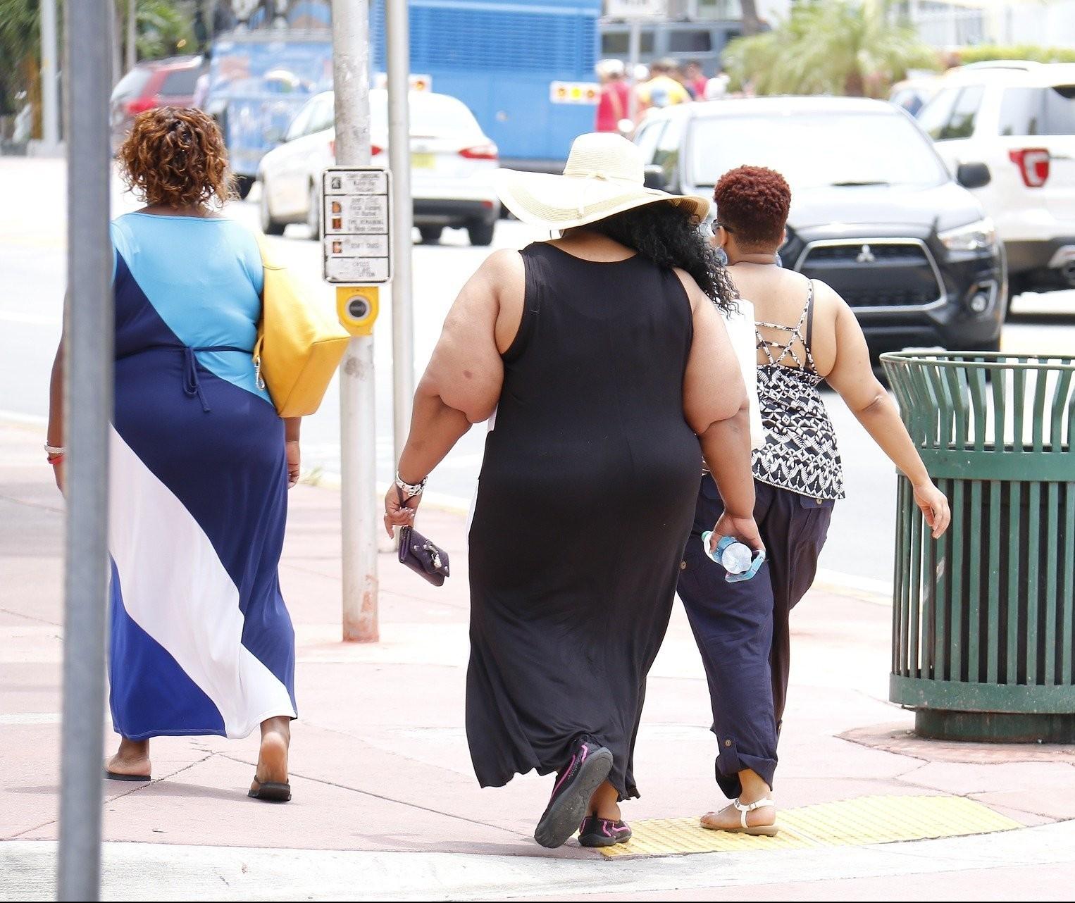 Pesquisa mostra a importância da atividade aquática no combate à obesidade severa