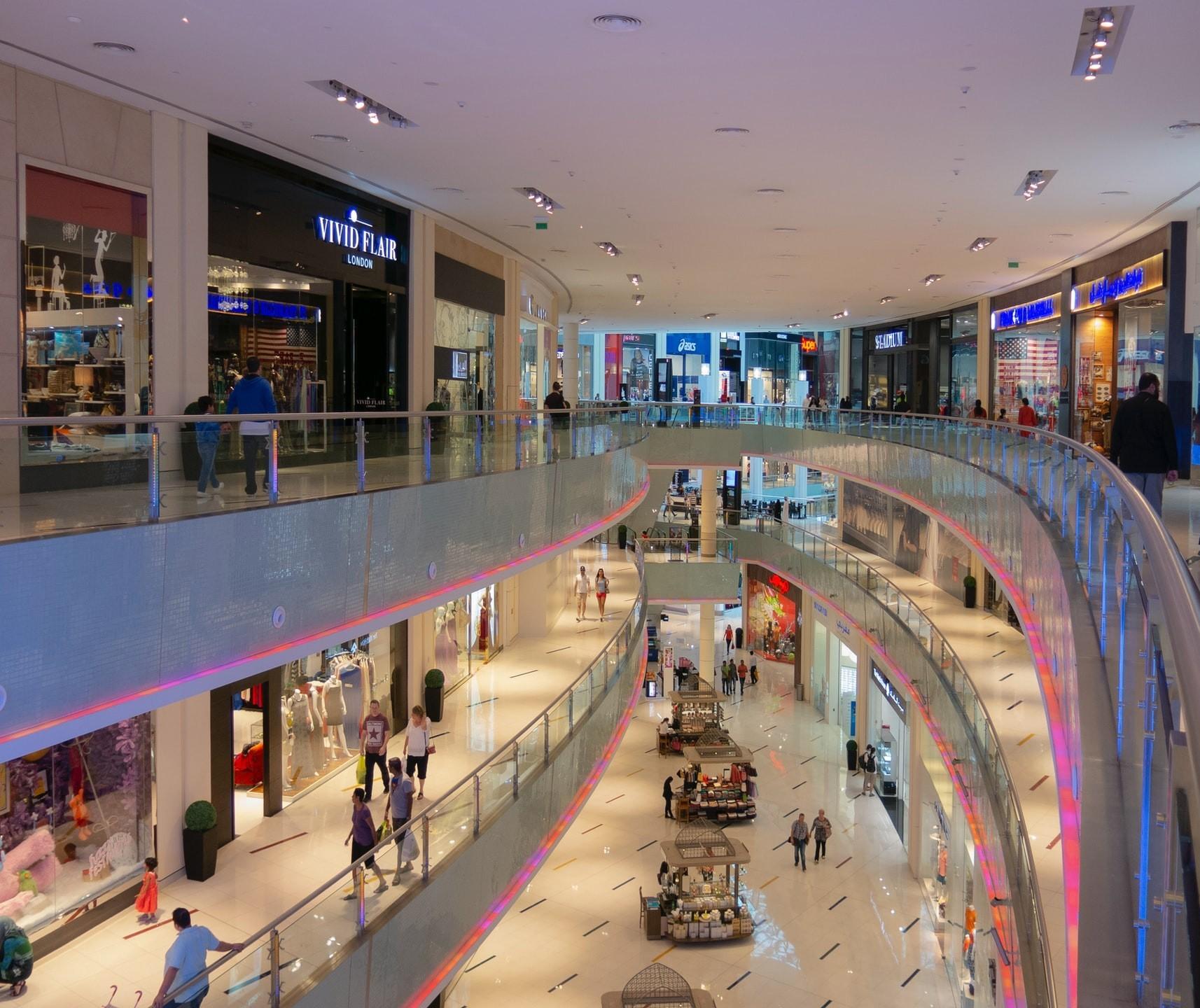 Sábados representam 25% do faturamento mensal dos shoppings em Maringá