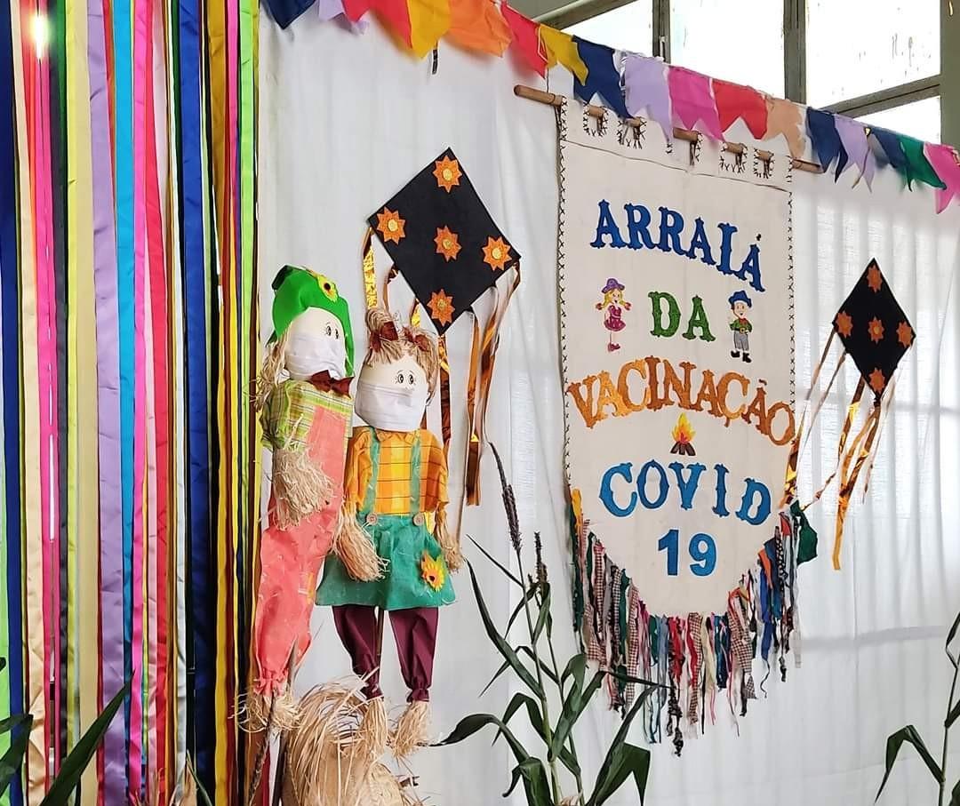 Para animar a população e os profissionais de saúde, Astorga promove 'arraiá da vacinação'