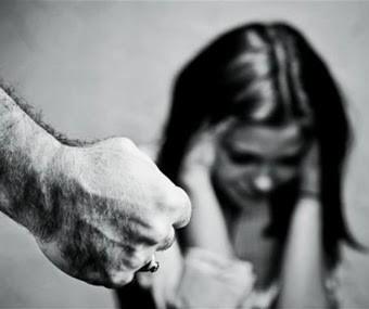 Vítimas de violência doméstica devem procurar a polícia, diz delegada