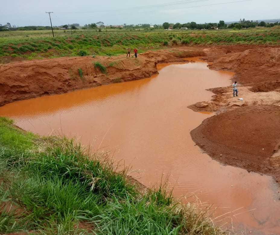 Menino morre afogado em vala cheia d'água da chuva em Loanda