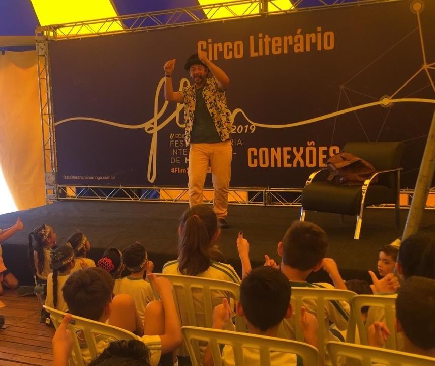Começa a Festa Literária Internacional de Maringá