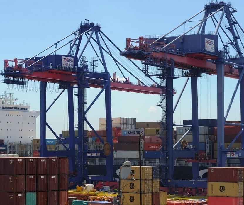 Saldo da balança comercial do Paraná aumenta 38%