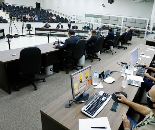 Câmara vota em terceira discussão projetos da Maringá Previdência e reforma administrativa neste sábado (19)